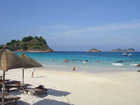 <文莱-巴厘岛5晚6日游>金色文莱,巴厘岛海边酒店,海豚湾,乌布